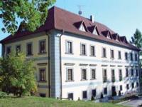 Zámecký hotel Maxmilián